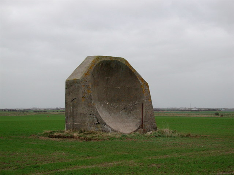 English WWI acoustic mirror used for detecting the presence of aircraft. Paul Glazzar, CC BY-SA 2.0.